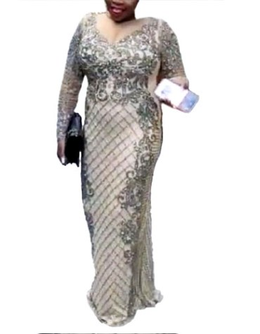 New Arrived Premium Quality Party Wear Heavy Crystal Beaded Prom Gown for Women