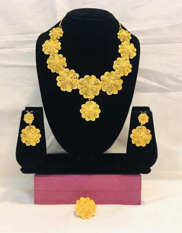 New Super Classic Floral Designer 2 Gram Gold Plated Necklace Set For Party For Women