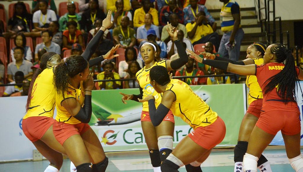 les lionnes du volley après un point marqué, Cameroun sports, juillet 2019