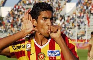 La ligue nationale de football professionnel a infligé une lourde suspension de six matches fermes et une amende de mille dinars
