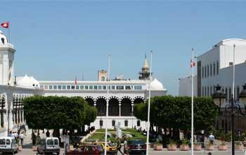 Annoncé chaque fois pour une date et après des réunions marathon de la Coordination de la Troïka gouvernante en Tunisie
