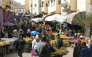 Malgré l'interdiction des étalages anarchiques agglutinés autour de plusieurs marchés et rues