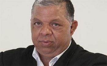 Le journaliste Sofiene Ben Farhat a déclaré à Assabahnews que l'un de ses agresseurs identifié sur la base du numéro d'immatriculation