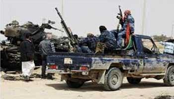 Des observateurs tunisiens ont mis en garde  contre les dangers  que représente pour la Tunisie le  mouvement d'Ansar al Charia dont de nombreux partisans se trouvent actuellement en Libye