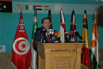 90 % des avions stationnés sur le tarmac de l'aéroport de Tripoli ont été touchés