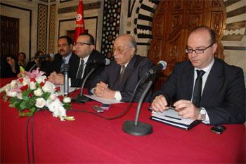 L'économie tunisienne reste tributaire de chocs exogènes tels que l'incertitude politique et la crise en Europe