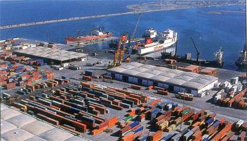 Les taxes imposées sur le stockage et la surveillance des marchandises