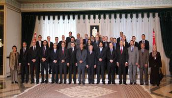 Le nouveau gouvernement formé par Ali Laarayedh et agréé par l'assemblée nationale constituante a moins de 9 mois pour mener à bien son programme dont encore ignore