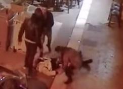 Des internautes musulmans résidant en Italie ont partagé une vidéo d'un Marocain qui a été violemment agressé par un italien connu des services de Police