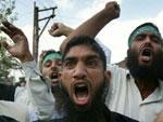 Un important groupe d'individus appartenant à la mouvance salafiste a attaqué
