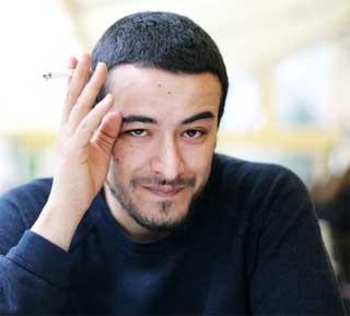 Revenant sur l'arrestation d'Aziz Ammami