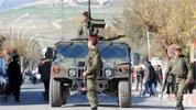 Les unités militaires ne se sont pas retirées des institutions publiques et de certaines artères et rues