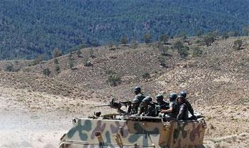 Les autorités libyennes viennent de demander à la Tunisie et à l'Algérie de constituer des forces armées communes pour protéger et contrôler