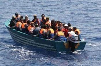 217 naufragés au nord des côtes libyennes ont été sauvés par un patrouilleur de la marine française. Les naufragés étaient à bord de trois