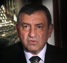 Le Premier ministre égyptien Essam Sharaf s'est excusé au peuple tunisien pour les attaques contre les joueurs d'un club de football tunisien