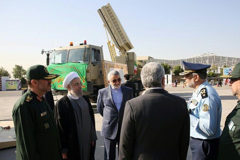 La réplique de l'Iran à Trump : Exercices militaires avec tirs de missiles