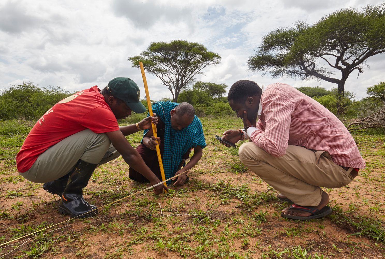 Community rangeland monitors collect data as part of the Sustainable Rangelands Initiative