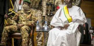 Post coup Mali interim president and vice sworn in