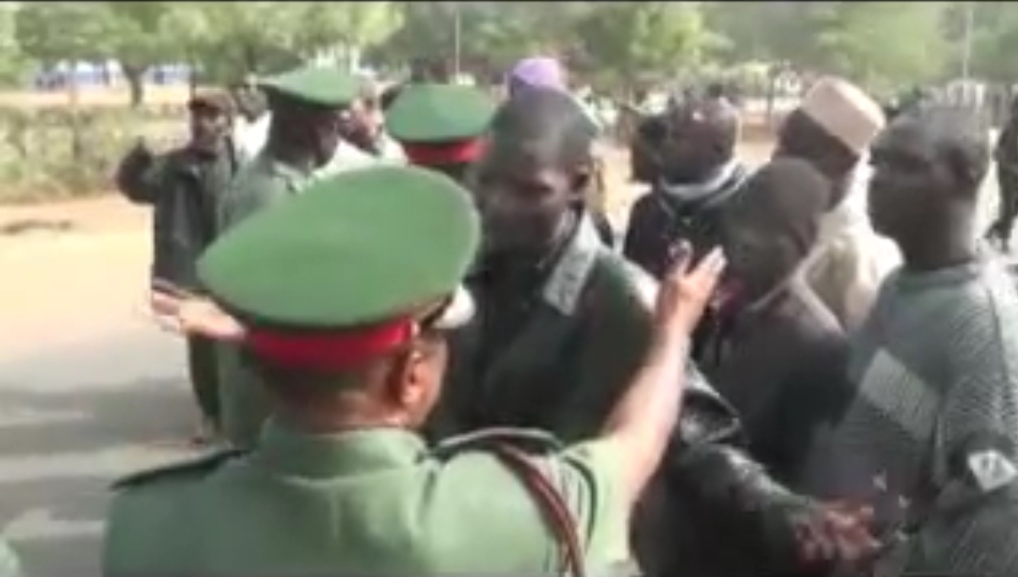 Youtube Video Sheds Light On Saturday's Encounter Between Nigerian Army And Shiite Sect