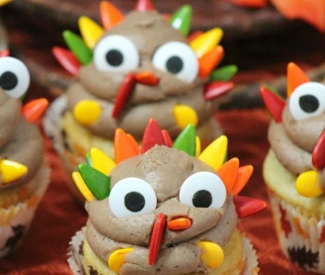 Celebrate Thanksgiving With This Turkey Cupcake Recipe