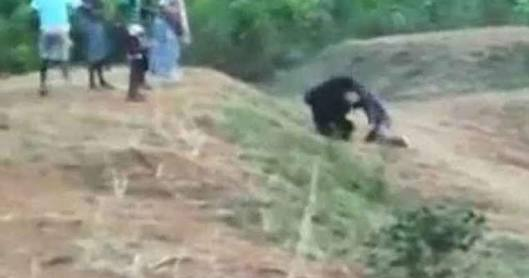 Man killed while taking selfie with a bear