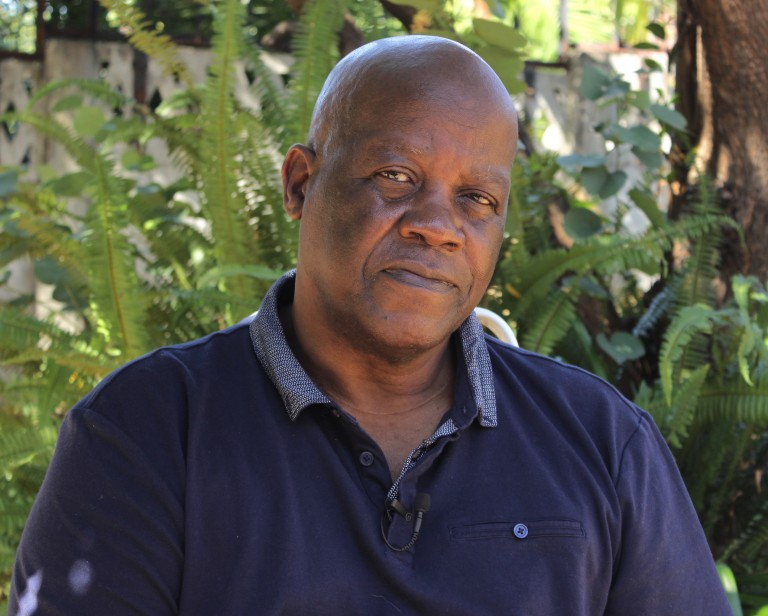 Poet David Mungoshi