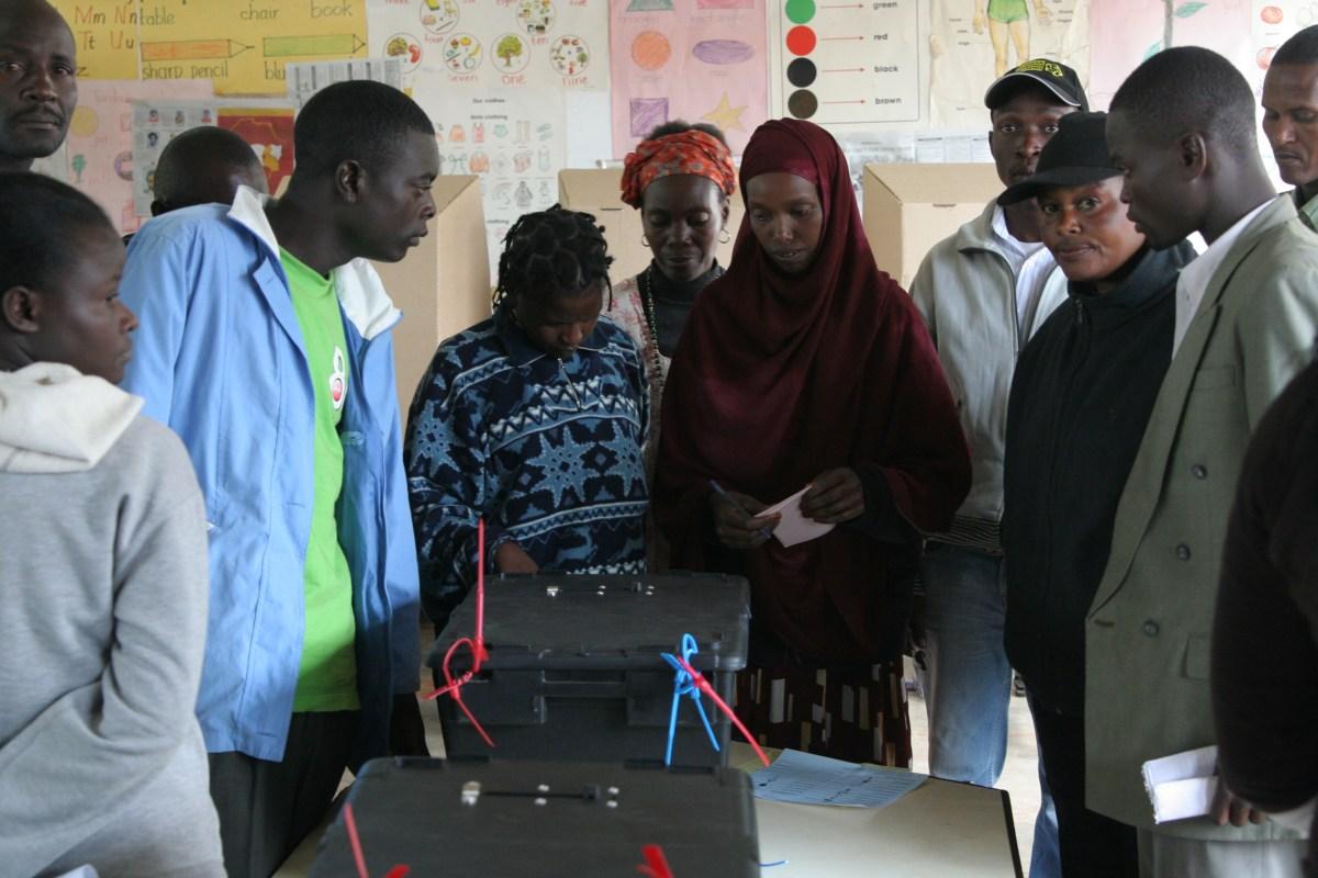 Voter Assistance Nairobi 2007