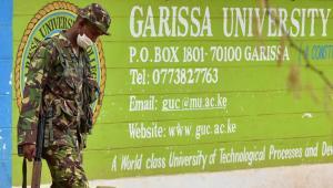soldat-armee-militaire-universite-garissa-attaque-shebab-etat-islaique-kenya