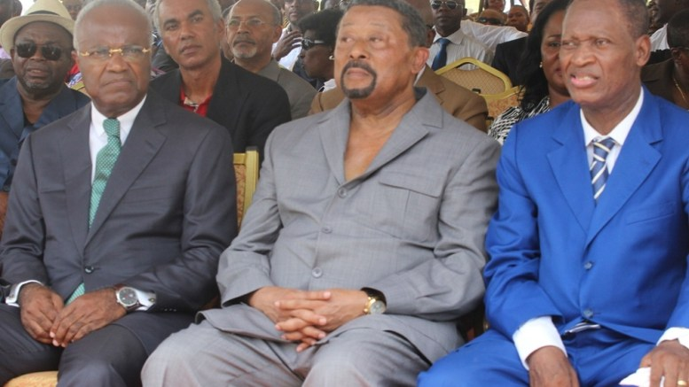 Gabon : Bruno Ben Moubamba gifle Jean Ping