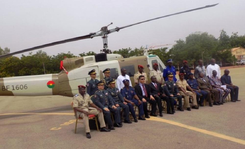 La Chine Taïwan dote le pays en hélicoptères — Burkina-Faso /insécurité
