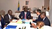 Régis Immongault et la délégation du FMI