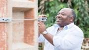 Ali Bongo Ondimba met en route l'électricité à Kango