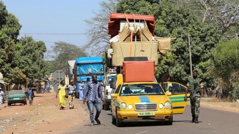 La frontière Gambie - Sénégal