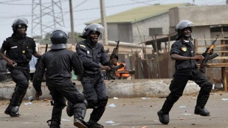 Des policiers suspendus en Guinée