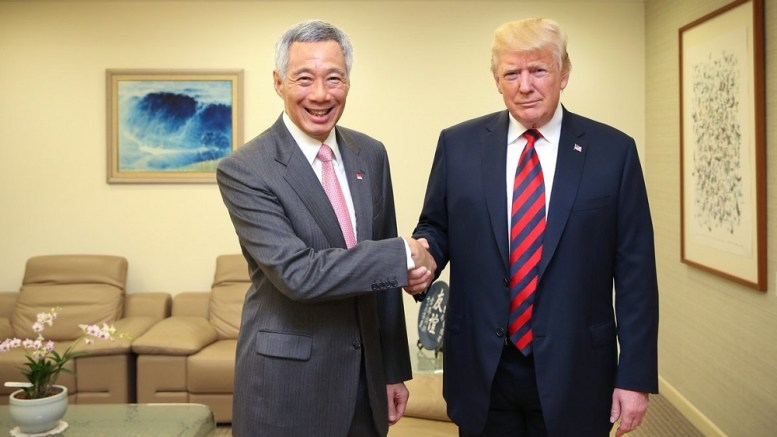Lee Hsien Loong et Donald Trump à Simngampour