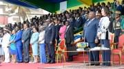 Le Gabon autour du président à la parade militaire