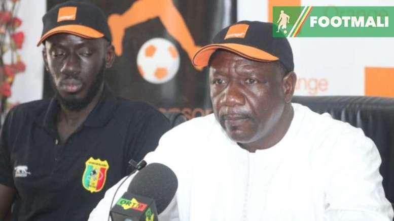 le sélectionneur du Mali, Mohamed Magassouba
