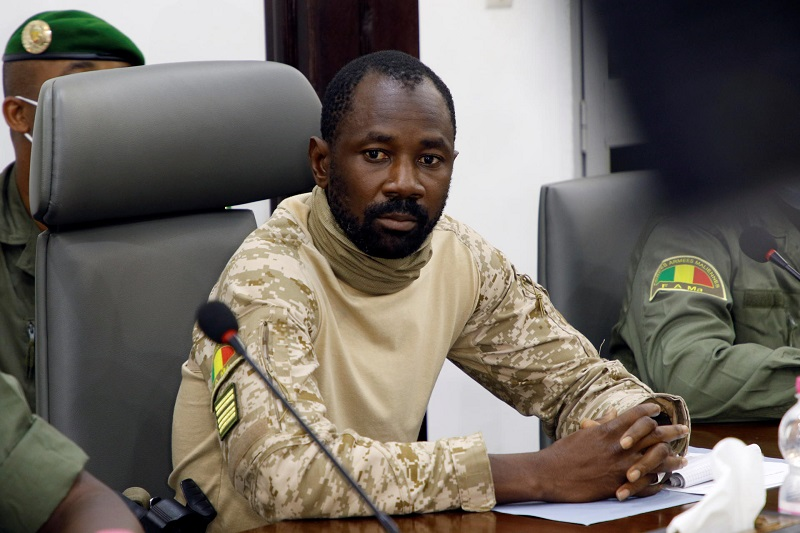 Militaire maili rencontre Accra