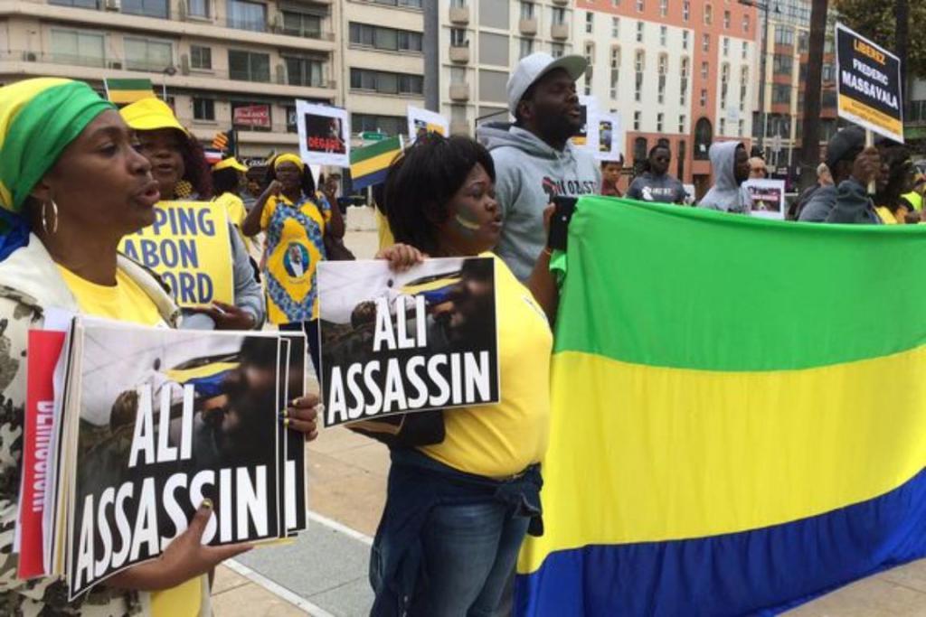 Gabon covid-19 confinement manifestations