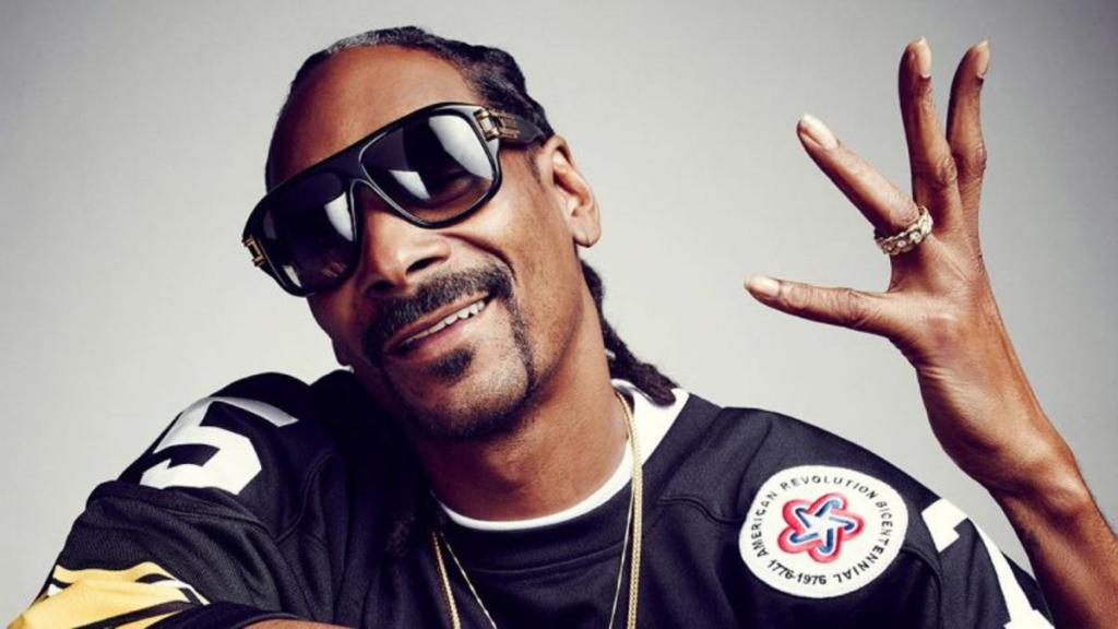 Snoop Dogg réaction hilarante chute Joe Biden escaliers Air Force One