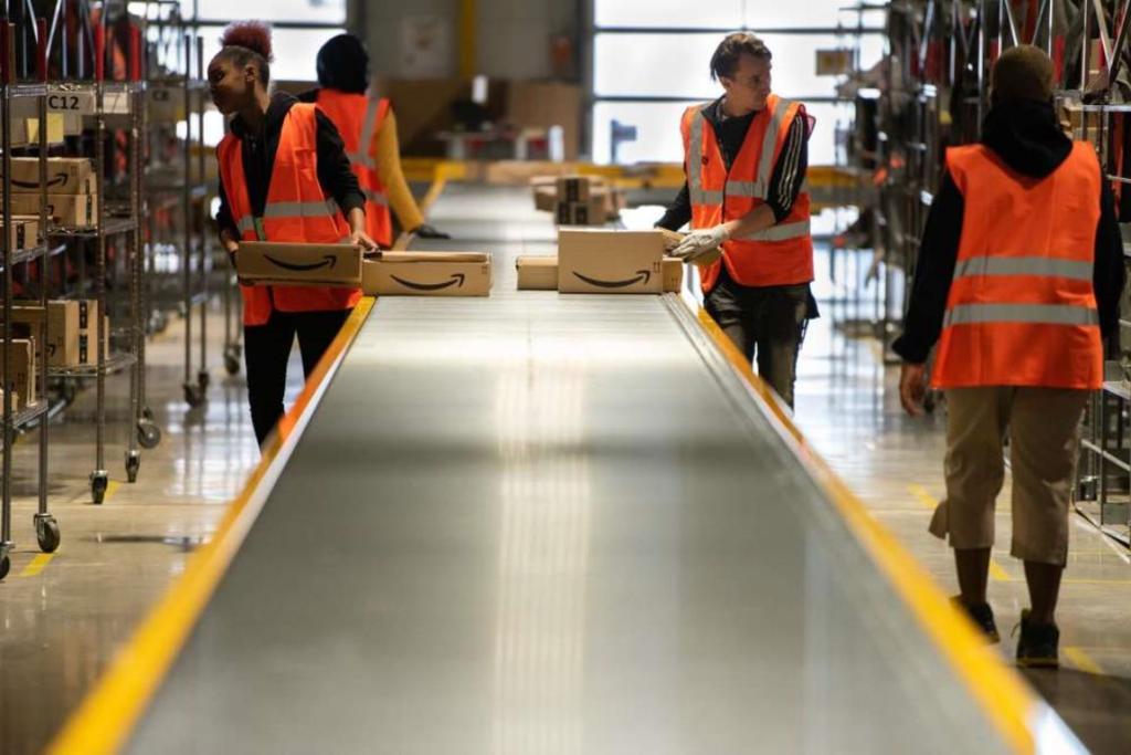 Amazon employés urinent dans bouteilles