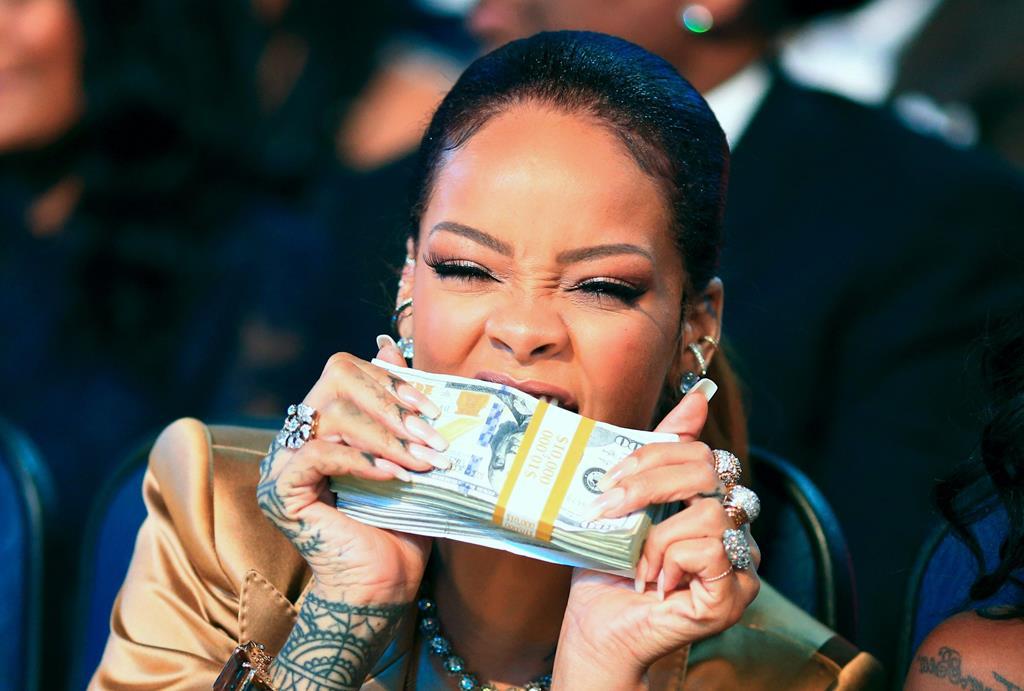 fortune Rihanna richesse Fenty