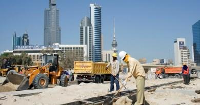 Mondial 2022 au Qatar: Des milliers de migrants seraient décédés lors de la construction des infrastructures
