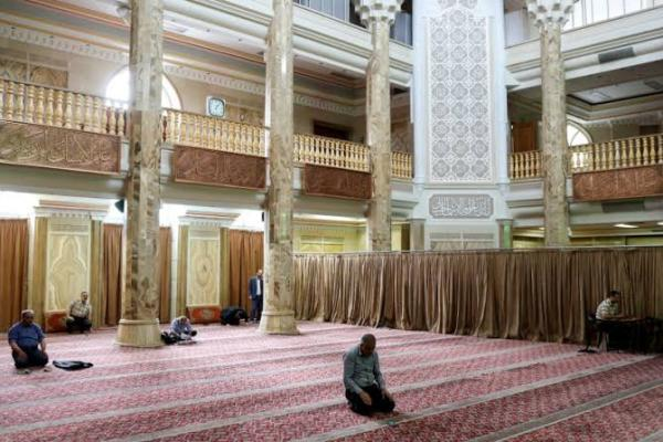 Mosques, Schools To Reopen In Iran's Low-risk Areas