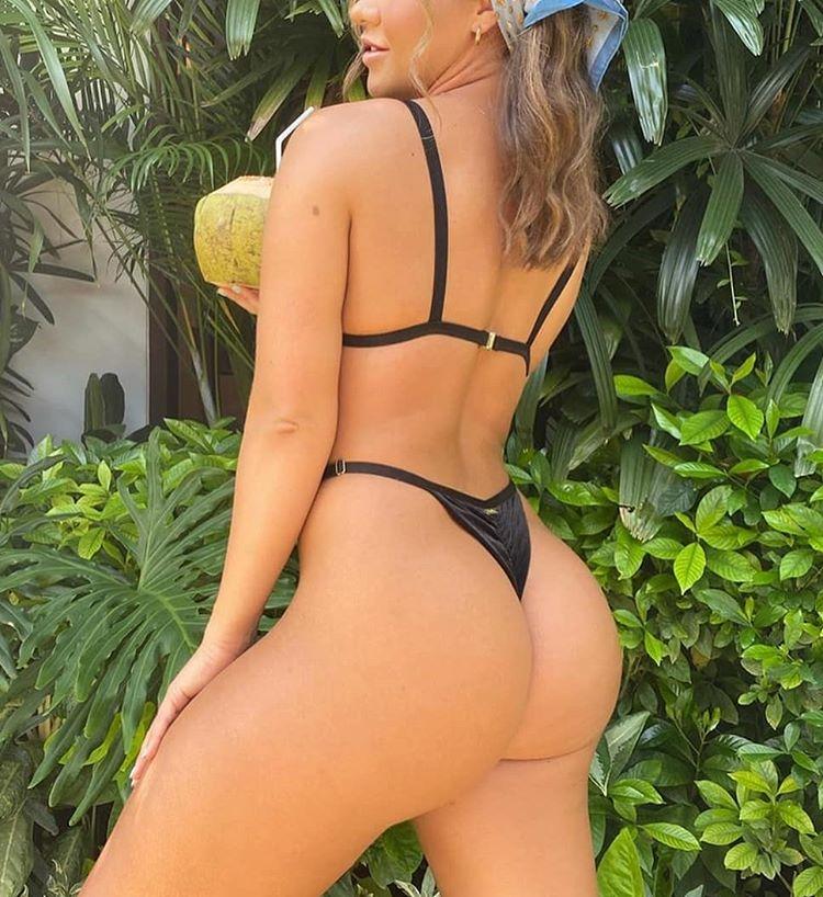 sexy bikini babez 20200713 0021