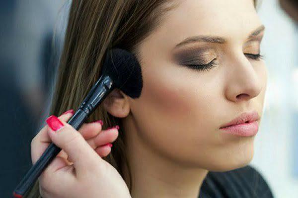 Makeup Tips, blush on