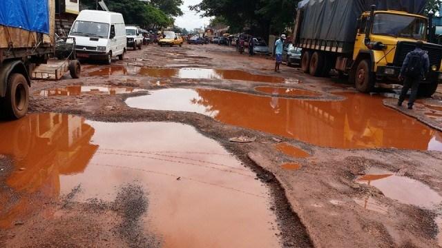 """Résultat de recherche d'images pour """"afrique, mauvais état des routes"""""""