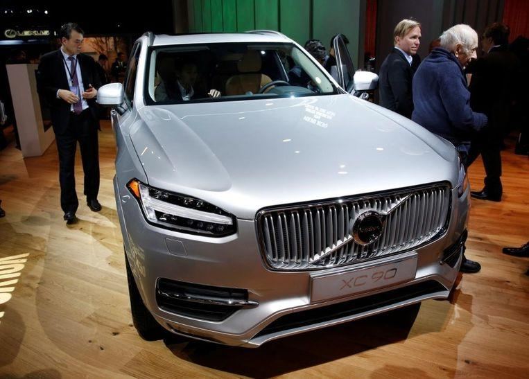 Volvo is going to have new cars automatically slow down or even stop when the driver is drunk