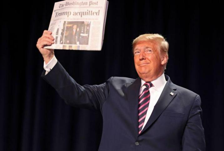 """""""Trump acquitted"""", the president triumphed this morning in Washington"""