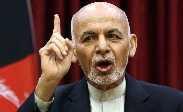 Rivals Ghani and Abdullah both sworn in as president of Afghanistan